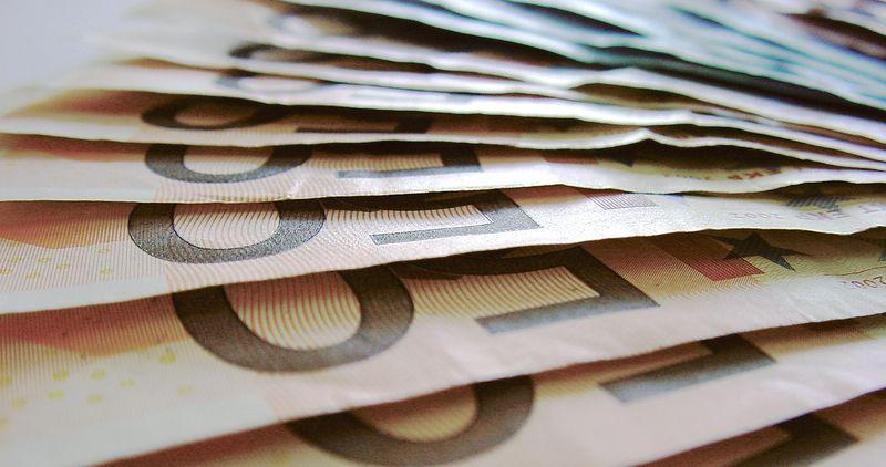Einstiegsgehalt Informatik. Bild: Elektromolch/photocase.de