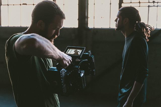 Kreative Bewerbungen können auch Videos beinhalten. (Quelle: StockSnap (CC0-Lizenz)/ pixabay.com)